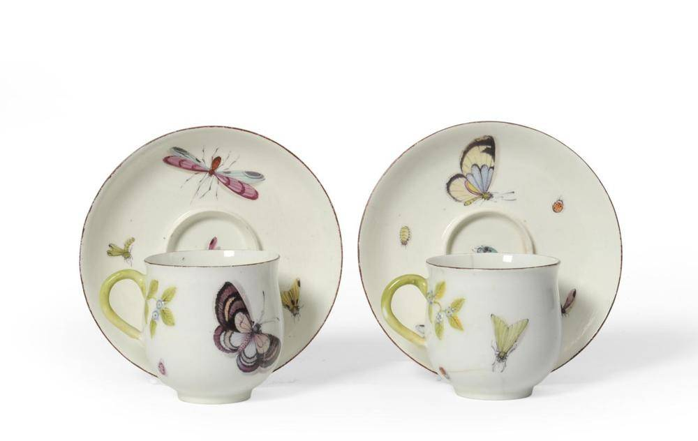 Lot 17 - A Pair of Chelsea Porcelain Coffee Cups and Trembleuse Saucers, en suite to the preceding lot