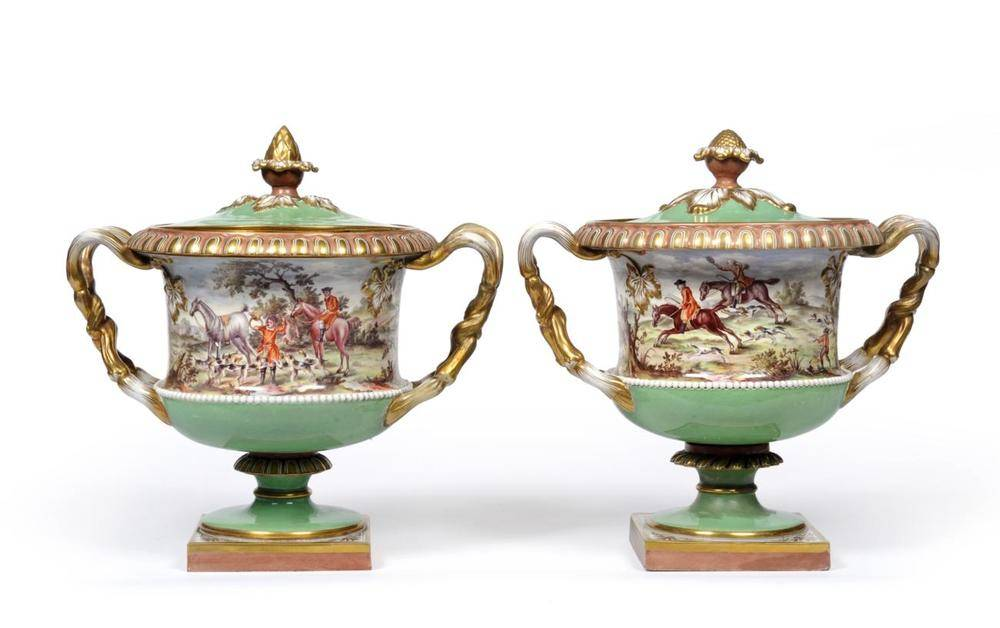 Lot 43 - A Pair of Flight, Barr & Barr Worcester Porcelain Vases and Covers, circa 1820, of Warwick Vase...
