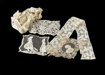 Lot 2054 - Assorted Late 19th/Early 20th Century Lace,...