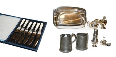 Lot 11 - An Elizabeth II silver sauce boat and ladle by...