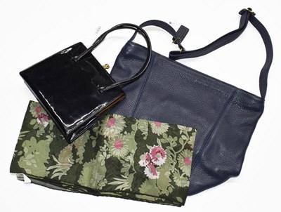Lot 1000 - An Eros black patent evening bag with gilt...