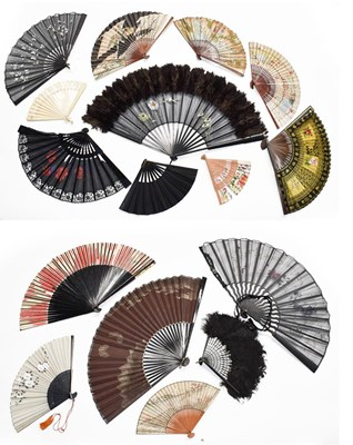 Lot 1018 - Assorted ebonised fans of various sizes,...