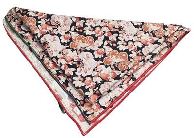 Lot 1034 - Late 19th century hexagonal patchwork quilt...