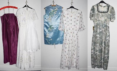Lot 1042 - Assorted circa 1970's and later mainly ladies...