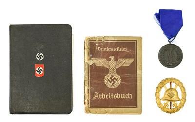 Lot 87 - A German Third Reich SS Four Year Bronze...