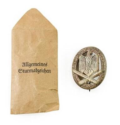 Lot 89 - A German Third Reich General Assault Badge,...