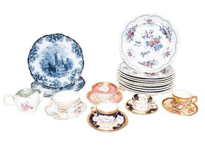Lot 22 - An 18th century Meissen academic period teapot...