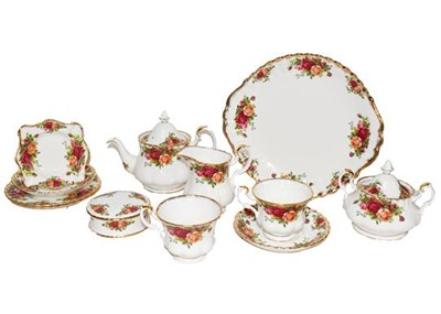 Lot 42 - A Royal Albert Old Country Roses pattern tea...