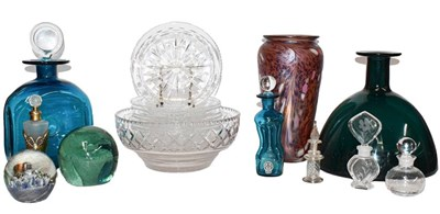 Lot 46 - A quantity of glass including Stuart crystal,...
