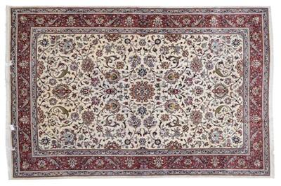 Lot 494 - Saroukh Carpet West Iran, 3rd quarter 20th...