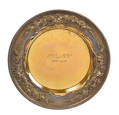 Lot 2096 - A George V Silver-Gilt Dish, by The Goldsmiths...