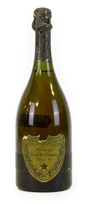 Lot 5004 - Moët & Chandon Dom Pérignon 1975 Champagne...