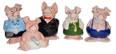 Lot 16 - Five Wade Natwest piggy banks (5)