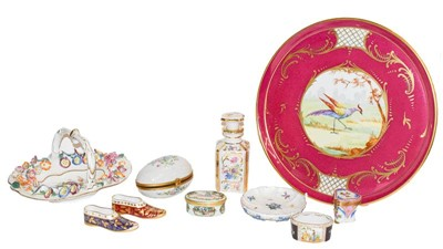 Lot 46 - A group of continental and other porcelain...