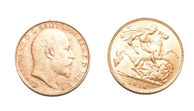 Lot 97 - Two gold half sovereigns dated 1902 and 1914