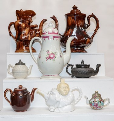 Lot 34 - A Late 18th century Pearlware coffee pot,...