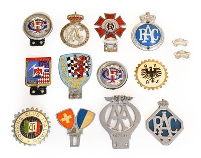 Lot 27 - Fourteen Assorted Metal, Chromed and Plastic...