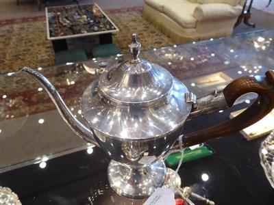 Lot 17 - A George III Silver Argyle, John Denziloe, London 1787, vase shape with reeded borders, the...