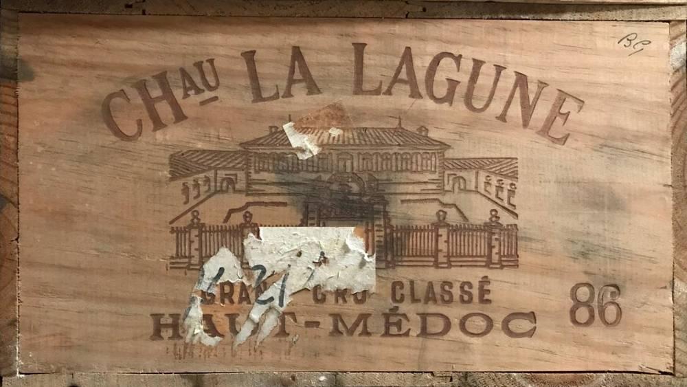 Lot 2035 - Chateau La Lagune 1986 Haut-Médoc 12 bottles owc 90/100 Robert Parker