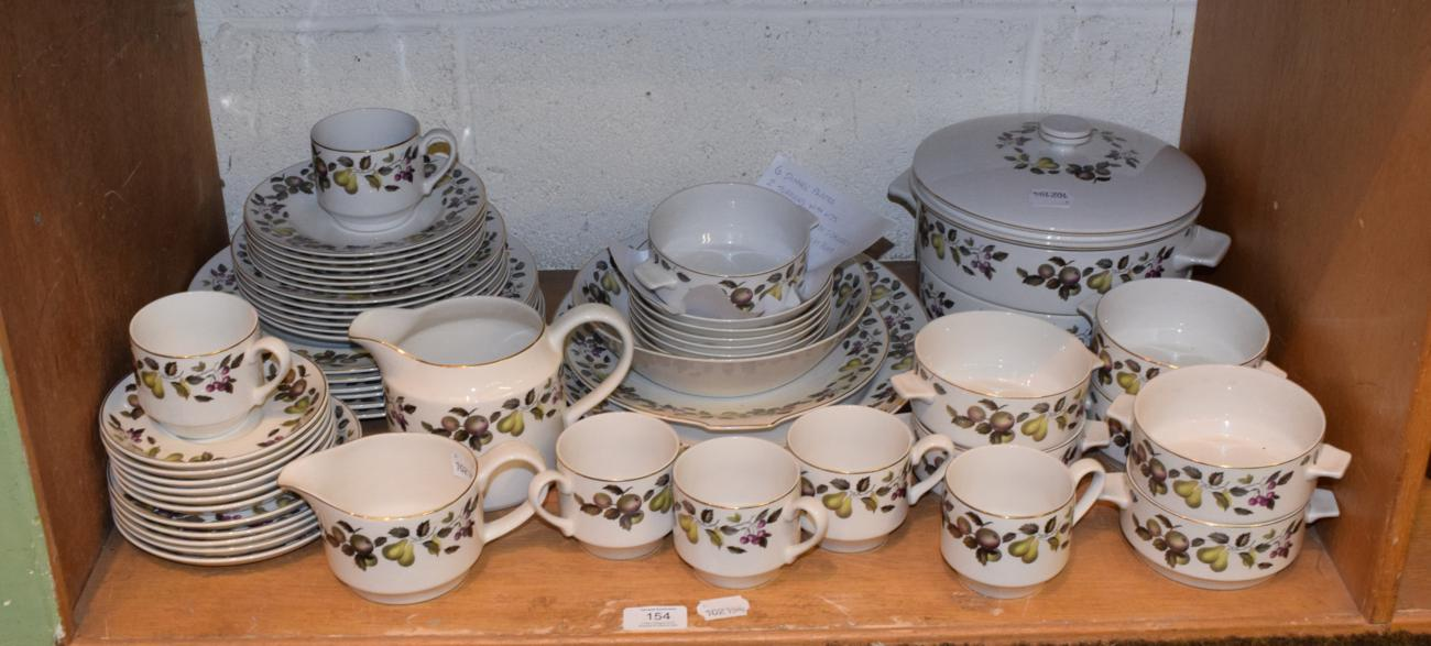 Lot 154 - A Midwinter Evesham pattern tea and dinner service