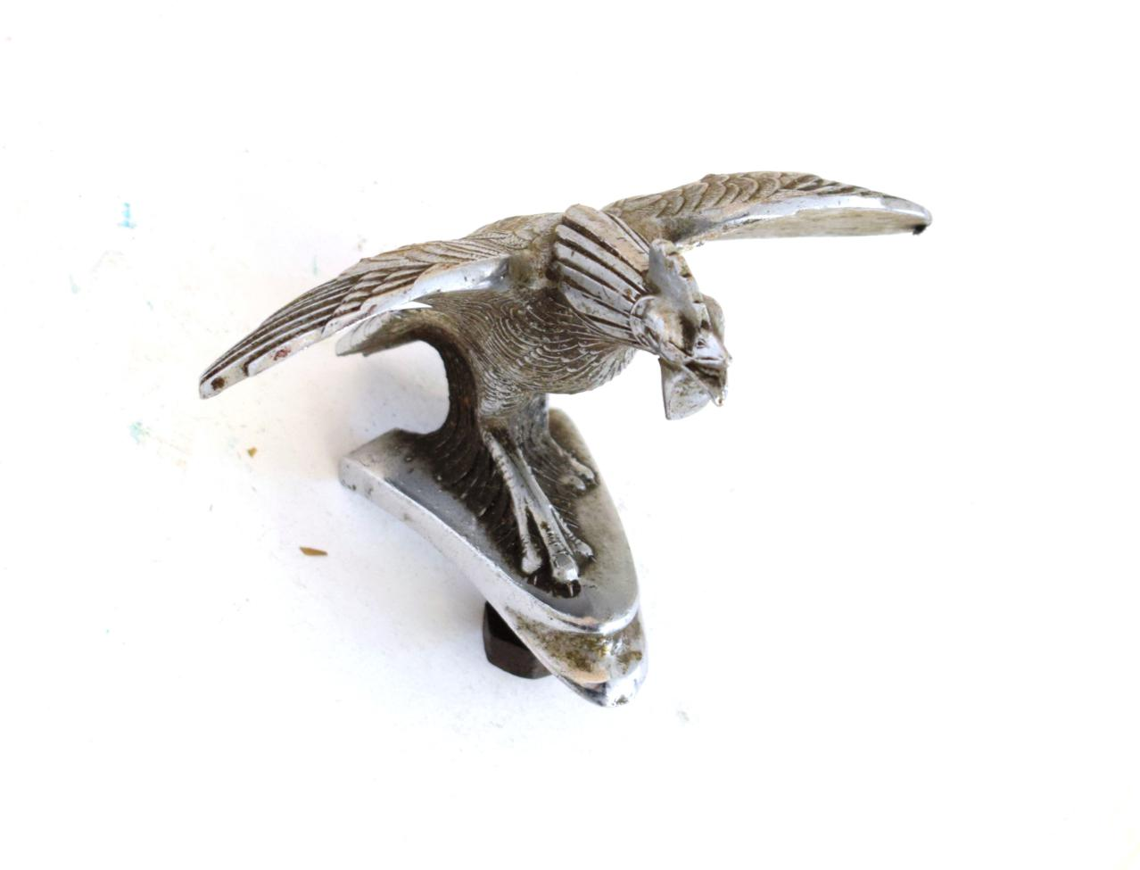 Lot 3042 - A 1930's Zinc Diecast and Chrome Plated Car Mascot, a bantam rooster from a Singer motorcar,...