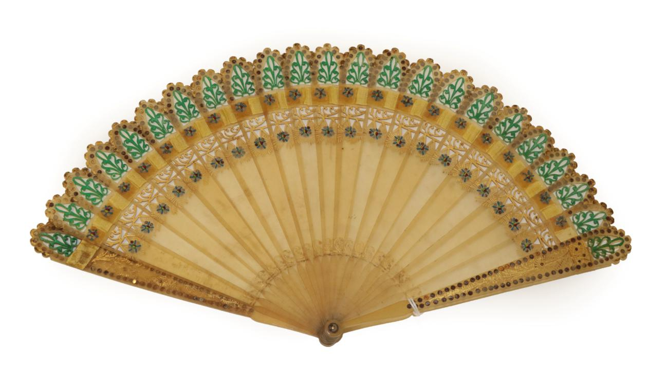 Lot 4029 - A Circa 1830's Good Horn Brisé Fan with pointed tips to the twenty-one inner sticks and two...