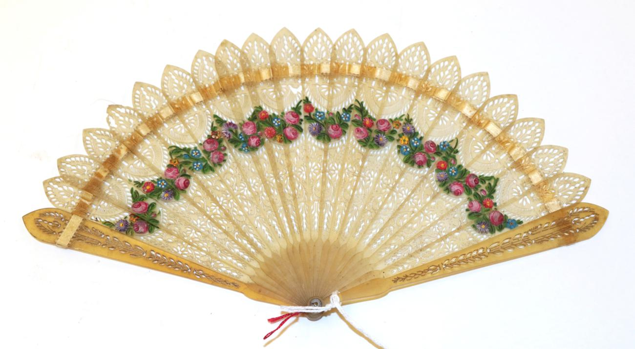 Lot 4030 - A Circa 1830's Very Pale Horn Brisé Fan with barrel head, the monture carved and pierced in...