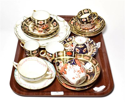 Lot 5 - A group of Royal Crown Derby Imari and other tea wares