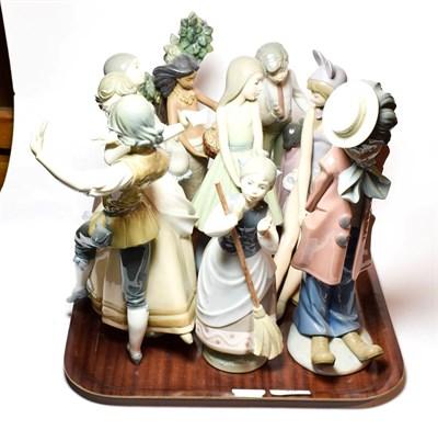 Lot 35 - Eight Lladro ceramic figures (8)