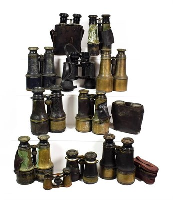 Lot 70 - ~ A collection of field binoculars, some in leather cases (1 tray)