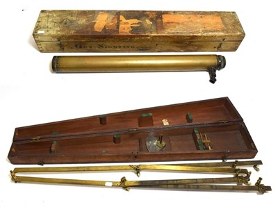 Lot 3073 - Ross Gun Sight 1x1215 no.69774 with Broadarrow to case; together with an Elliott Bros brass...