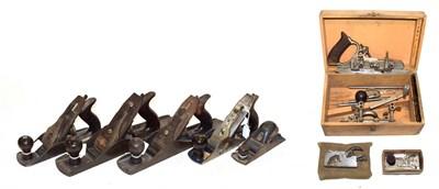 Lot 3087 - Record Woodworking Planes No.5 1/2, No.5, No.4, No.010 1/2, No.0110, Rabbet No.077A, Side...