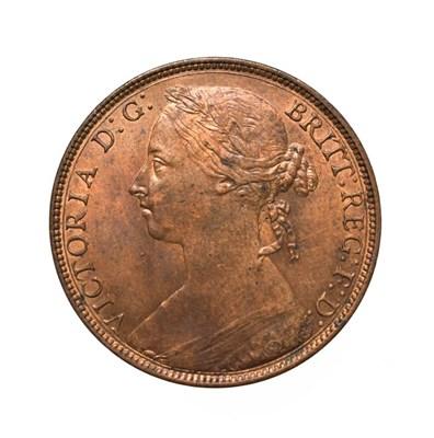 Lot 4063 - Victoria, 1882 H Penny. Heaton mint, Birmingham, ''bun head'' type. Obv:12, laureate and draped...