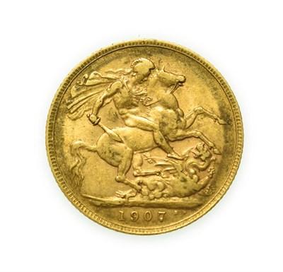 Lot 4077 - Edward VII, 1907 Sovereign. Obv: Bare head of Edward VII right, DES below truncation for...