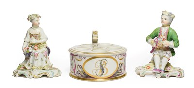 Lot 9 - A Derby Porcelain Inkwell, circa 1780, of drum form with angular handle and central covered...