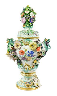 Lot 53 - A Meissen Porcelain Flower Encrusted Vase and Cover, late 19th/early 20th century, with floral knop