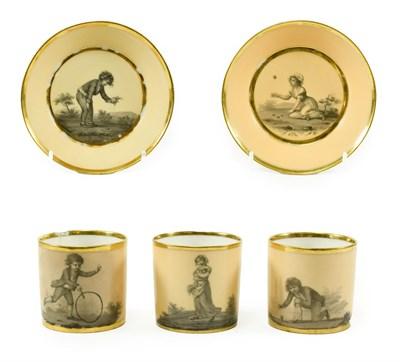 Lot 59 - A Pair of Paris (Dihl et Guerhard) Porcelain Coffee Cans and A Saucer, circa 1790, painted en...