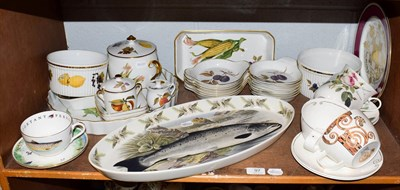 Lot 97 - A quantity of Royal Worcester Evesham table wares and a Portmerion fish platter etc (one shelf)