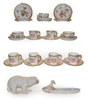 Lot 65 - A Royal Crown Derby Royal Pinxton Roses set of six coffee cans and saucers, together with three...