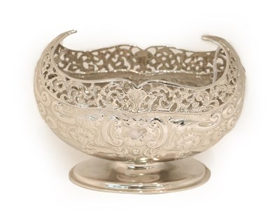 Lot 21 - An Edward VII Silver Bowl, by George Jackson and David Fullerton, London, 1905, bombe oval and...