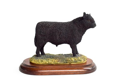 Lot 35 - Border Fine Arts 'Galloway Bull', model No. L33 by Ray Ayres, limited edition 151/850 on wood base