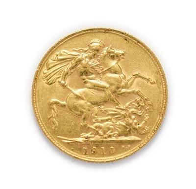 Lot 4040 - Edward VII (1901 - 1910), 1910 Sovereign. Obv: Bare head of Edward VII right, DeS. below truncation
