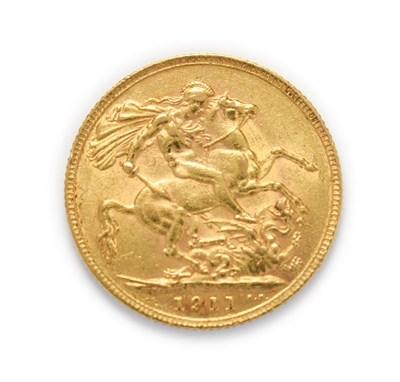 Lot 4044 - George V (1910 - 1936), 1911 Sovereign. Obv: Bare head of George V left, B.M. below truncation...