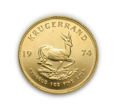 Lot 4077 - South Africa, 1974 Krugerrand. 1 oz. 24ct (.999). Obv: Bust of Paul Kruger left. Rev: Springbok, 19