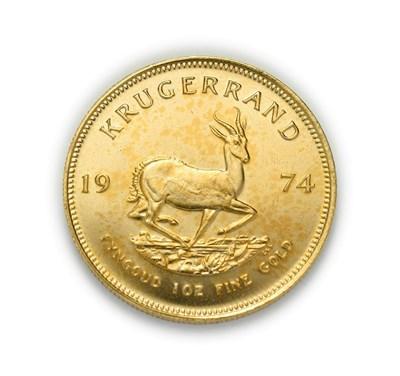 Lot 4079 - South Africa, 1974 Krugerrand. 1 oz. 24ct (.999). Obv: Bust of Paul Kruger left. Rev: Springbok, 19