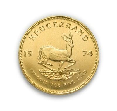 Lot 4080 - South Africa, 1974 Krugerrand. 1 oz. 24ct (.999). Obv: Bust of Paul Kruger left. Rev: Springbok, 19