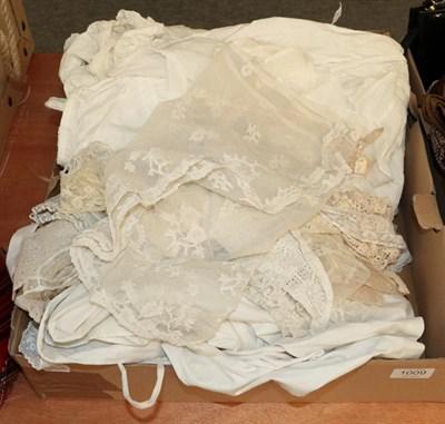 Lot 1009 - Assorted early 20th century children's/infant dresses, undergarments, bonnets, lace etc (one box)