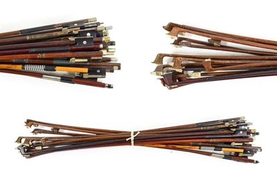 Lot 3002 - Bundle Of Bows for spares and repairs (over 15)