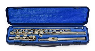 Lot 3028 - Yamaha Flute 211S no.193871 (in manufacturers hard case)