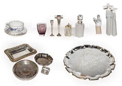Lot 35 - A selection of silver teaspoons, two Lladro figures, silver spill vase, two cased silver teaspoons